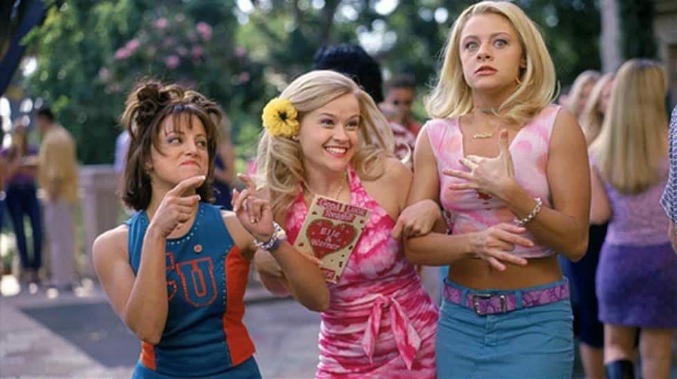 elle woods with her sorority sisters at delta nu