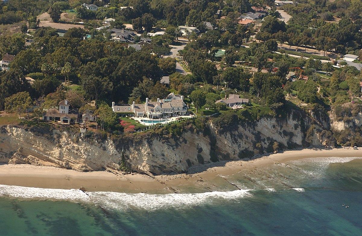 Aerial shot of Barbra Streisand's mansion off the coast of Malibu, CA